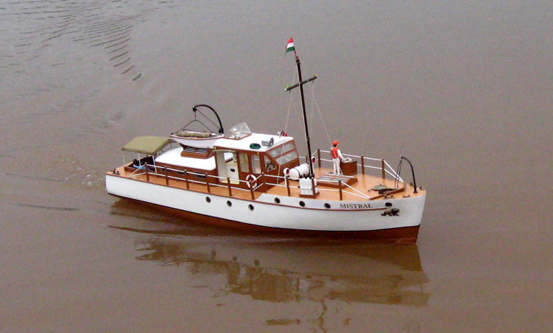 Mistral Type Motor Boat - Free Ship Plans