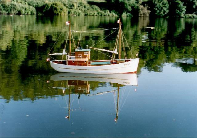 artur fishing boat scale model plans