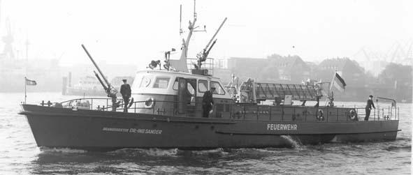 branddirektor Dr ing sander firefighting boat hamburg