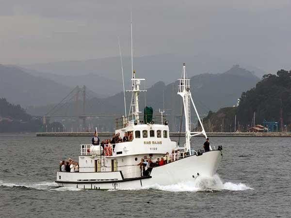rias bajas buoy tender vigo