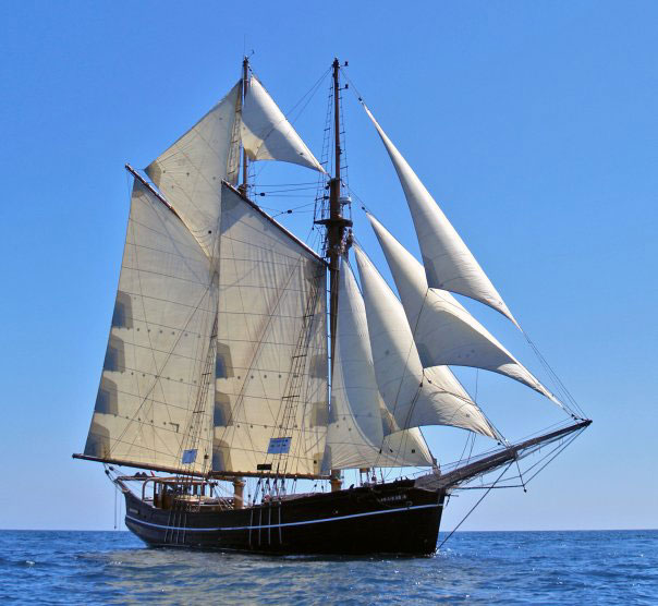 Far barcelona tall ship plans hobby