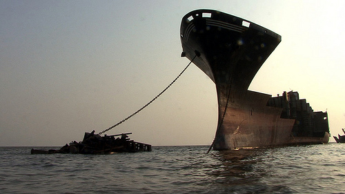 the wire nest documentary ship breaking alang mumbai